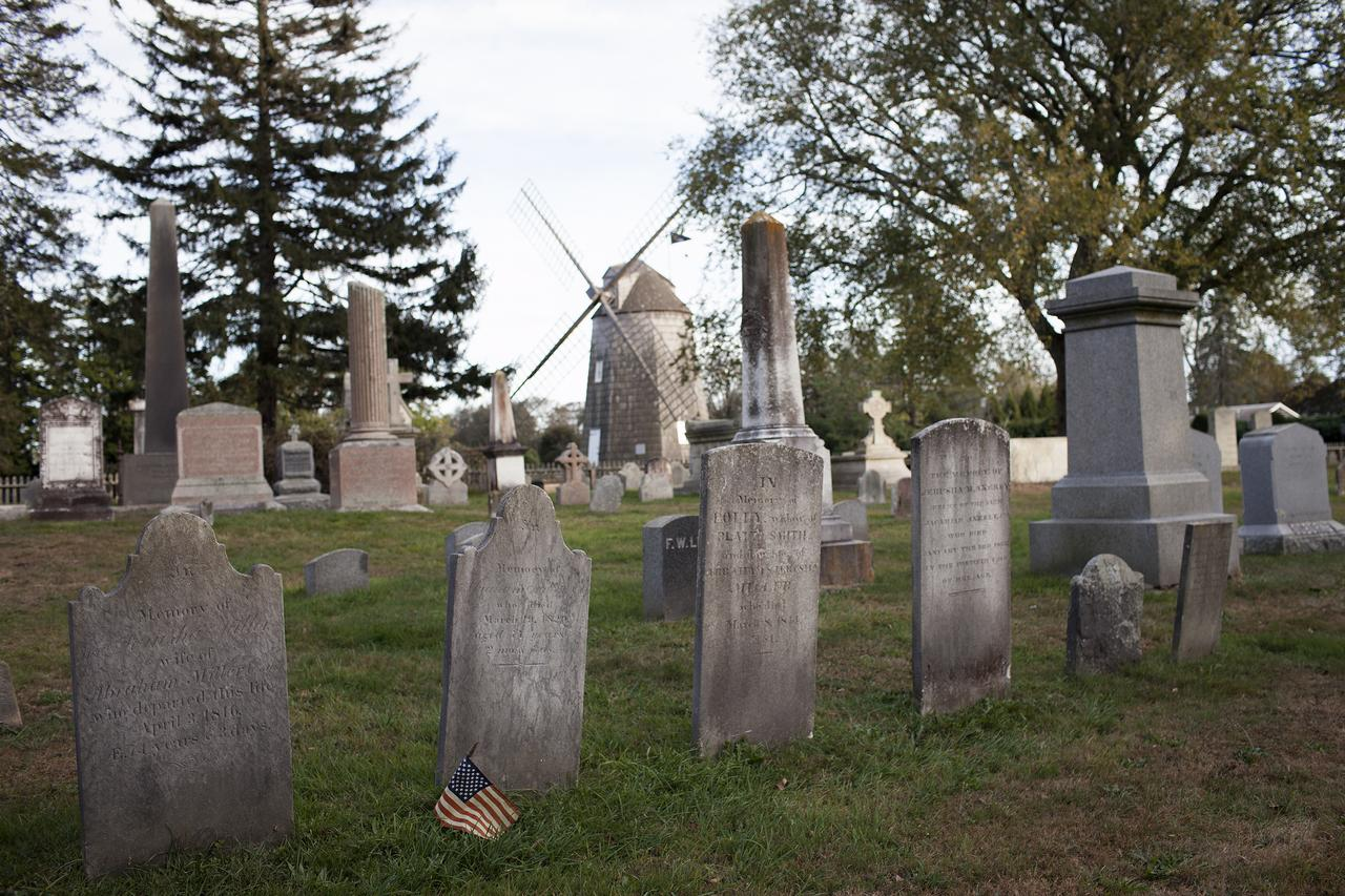 South End Burying Ground, East Hampton.