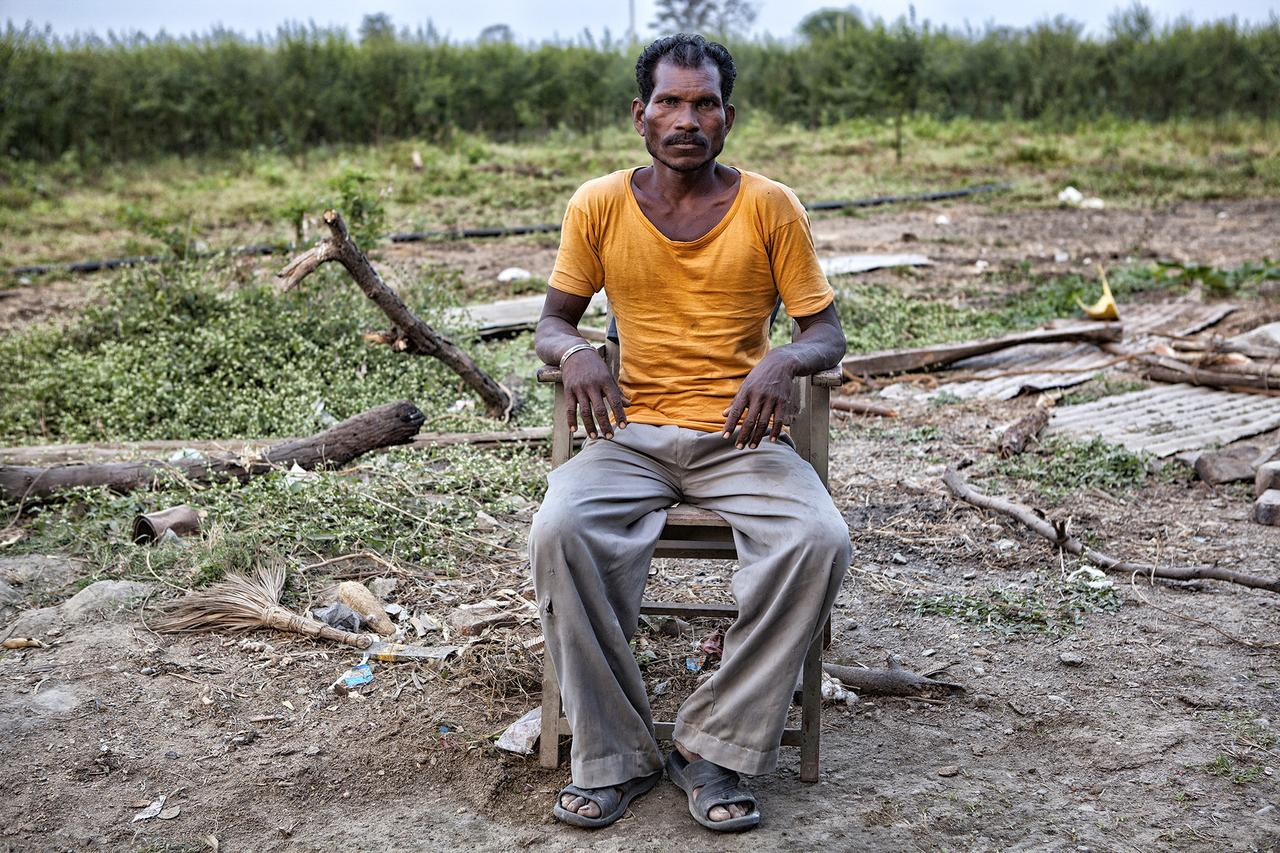 Land worker in Tiwasa, India.