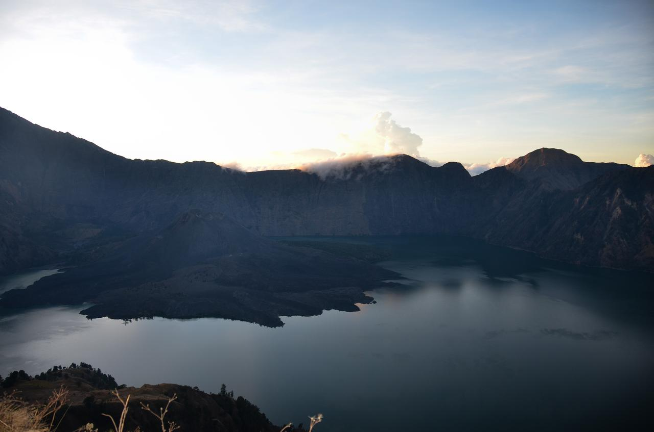Sunrise arrives on the Rinjani.