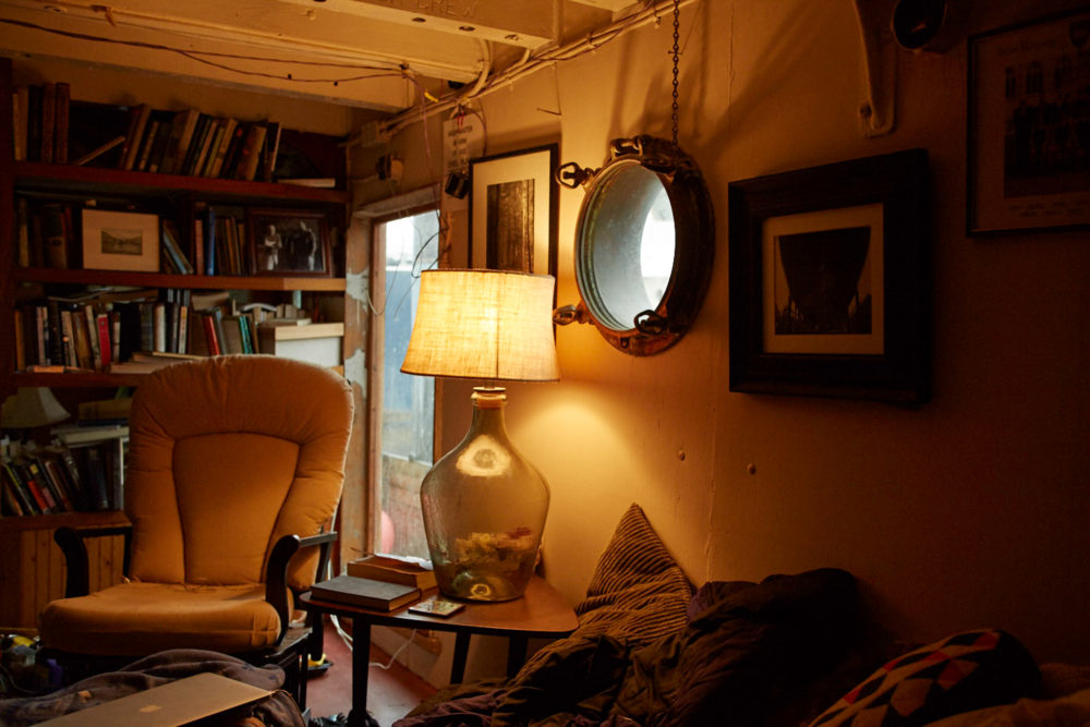 The living room of the tugboat.