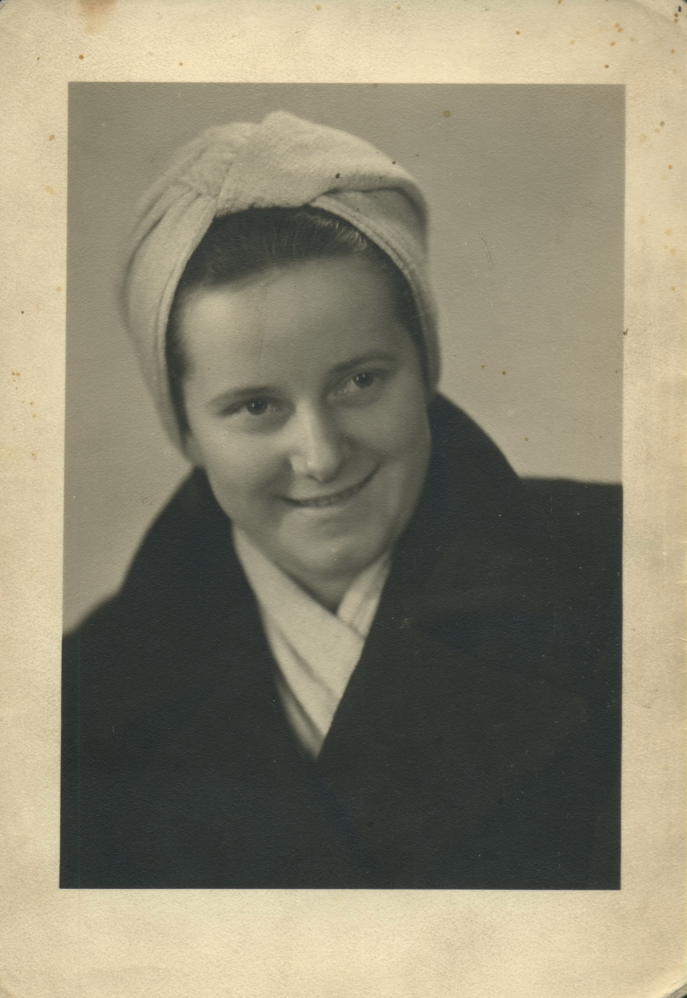 Stefania Maludzinska, photographed after the war. She helped POWs escape from the Schubin camp at risk to her own life. (Photo courtesy the Museum Szubinskiej im Zenona Erdmanna, Szubin, Poland)